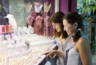 women buying jewelry